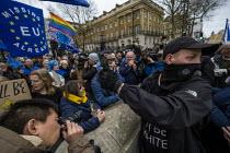 Brexit Day, Westminster, London. - Jess Hurd - 2020,2020s,activist,activists,against,argue,arguing,argument,Brexit,Brexit Day,CAMPAIGNING,CAMPAIGNS,DEMONSTRATING,demonstration,discussing,discussion,EU,European Union,Far Right,Far Right,flag,flags,
