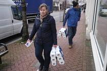 Coronavirus panic buying of toliet rolls causing empty shelves, London - Duncan Phillips - 19-03-2020