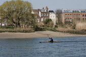 Coronavirus pandemic, Ultimate self isolating by Kayaking, River Thames, London - Duncan Phillips - 26-03-2020
