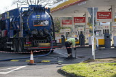 Emergency tank cleaning, Shell petrol station Stratford Upon Avon, Warwickshire - John Harris - 27-03-2020