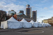 Detroit, Michigan USA. Coronavirus Pandemic. Warming tents for the homeless in a parking lot, Pope Francis Center. The Center has had to close its indoor spaces due to the. It is now serving meals on... - Jim West - 01-05-2020