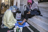 Detroit, Michigan USA. Coronavirus Pandemic. Homeless people getting medical help, Pope Francis Center. The Center has had to close its indoor spaces due to the coronavirus pandemic. Dr. Asha Shajahan... - Jim West - 01-05-2020