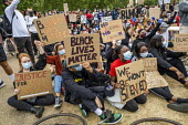 Black Lives Matter protest in solidarity with George Floyd protests, Hyde Park, London - Jess Hurd - 2020,2020s,activist,activists,against,Anti Racism,anti racist,BAME,BAMEs,Black,Black Lives Matter,BME,bmes,CAMPAIGNING,CAMPAIGNS,coronavirus,Covid 19 lockdown,covid-19,DEATH,death in police custody,de