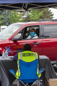 Detroit, Michigan, USA Coronavirus Pandemic. Drive through job fair for Allied Universal, a major security company. The event held in a car park allowed candidates for security officer positions to ma... - Jim West - 10-06-2020