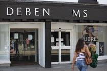 Closed Debenhams, sign has missing letters, Stratford Upon Avon, Warwickshire. Debenhams announces a further 2.500 jobs are to go - John Harris - 11-08-2020