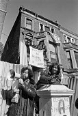 Piers Corbyn, squatters leader, speaking 1975 on the day the Elgin Avenue squat ended, West London - Martin Mayer - 15-10-1975