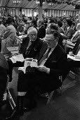 Sotheby's auction sale, Mentmore Towers 1977. Buyers at the sale of the contents of the stately home belonging to the 7th Earl of Rosebery, Buckinghamshire. Mentmore was sold to the Maharishi Foundati... - Martin Mayer - 18-05-1977