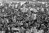 Anti Nazi League march 1978 from Hyde Park to a festival in Brixton, South london - NLA - 24-09-1978