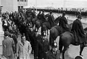 Police and horses, Conservative Party Conference, 1980, Brighton security against a large protest - NLA - 10-10-1980