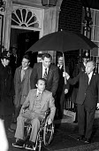 George Wallace visiting Harold Wilson, 1975, Downing Street, London. Governor of Alabama and a racist supporting segregation in the USA. At the start of a two week trip to Western Europe that he hopes... - NLA - 14-10-1975