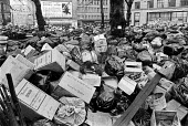 Winter of Discontent 1979. Rubbish piling up, Leicester Square, Central London, an official collection centre, during the refuse collectors strike. - Peter Arkell - 13-02-1979
