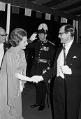 Margaret Thatcher and Dennis arriving, 1979 Lord Mayor's Banquet, The Guildhall, The City of London. - Peter Arkell - 13-11-1979