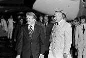 Jim Callaghan greeting Jimmy Carter 1977 arriving at London Heathrow airport for a G7 meeting in the UK. - Peter Arkell - 05-05-1977