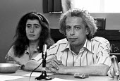 Viktor Fainberg and Marina Vaykhanskaya, London 1975, Soviet dissident, Campaign Against Psychiatric Abuse in the USSR,. Press conference in London soon after his release from the USSR. He was arreste... - Peter Arkell - 03-07-1975