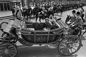 Valery Giscard d'Estaing riding with the Queen 1976 in carriage through Central London. State visit by French president - Peter Arkell - 22-06-1976