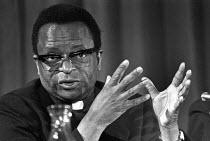 Bishop Abel Muzorewa, 1977 Zimbabwe cleric and politician, press conference, London - Ray Rising - 06-04-1977