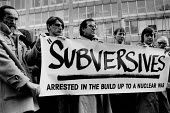 Paul Weller ( L), Harold Pinter (L) Anti nuclear protest 1985 Scotland Yard, London. Banner: Subversives Arrested in the Build Up to a Nuclear War. Tony Whitehead, Roger Poole NUPE - Melanie Friend - 26-02-1985