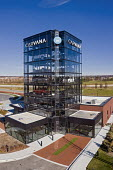 Detroit, USA. Carvana car vending machine. Customers can buy a used car online and can pick up them up at a car vending machine - Jim West - 18-11-2020
