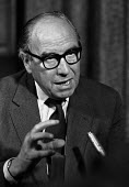 Roy Jenkins elected leader of the Social Democratic Party 1982 - NLA - 02-07-1982