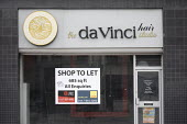 Closed Da Vinci hair studio Bristol, shop to let sign, Bristol - Paul Box - 06-01-2021