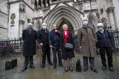 Shrewsbury 24 appeal hearing, legal team and pickets, Royal Courts of Justice, London. Shrewsbury 24 appeal hearing, legal team and pickets, Royal Courts of Justice, London. (L to R) Mark Turnbull, Te... - Jess Hurd - 03-02-2021