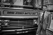 David Steel, Liberal Party Battle Bus, 1979 General Election. Liberal Party leader David Steel with his battle bus campaigning in the general election - Martin Mayer - 09-04-1979