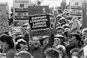 Militant lobbying Labour Party Executive meeting London 1986. Protest at their expulsion from the party. No Witch hunt - Peter Arkell - 27-02-1986