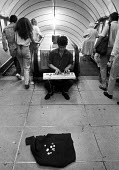 Musicians busking on the underground, London, 1987 - Peter Arkell - 31-07-1987