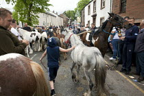 05-06-2015 - Appleby Horse Fair, Cumbria, horse dealers and buyers along the Sands © David Mansell