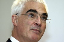 29-10-2008 - Alistair Darling MP Mais lecture to the Cass Business School in London. © Duncan Phillips