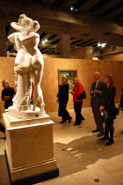 22-10-2003 - Spectators view The Three Graces at The Hayward Gallery. On the wall behind is Weeping Woman by Pablo Picasso. The works form part of the exhibition 'Saved' - 100 Years of the National Art Collections... © Geoff Crawford