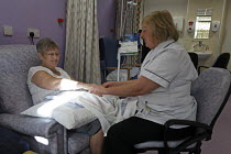 22-10-2008 - Patient Sheila Dyer with Audrey Jones, Complimentary therapist, at St Helens Hospital, Merseyside © Paul Herrmann