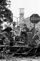 09-07-1984 - Miners barricade and occupy Rossington colliery 1984 after police managed to get a scab into the pit. Doncaster, Yorkshire © John Harris