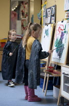 07-06-2015 - Pupils painting. Primary school, St Richards First School, Evesham, Worcestershire © John Harris