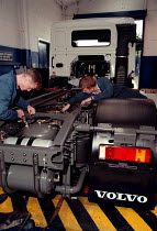 10-10-1997 - NVQ student training in heavy vehicle maintenance servicing and testing Further Education College © John Harris