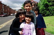 10-06-2001 - Children on the Glodwick, mainly Asian Estate, Oldham © Jess Hurd