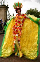 03-07-2004 - Drag Queen at the London Gay Pride march © Jess Hurd