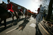 19-02-2005 - Belvoir, Cottesmore, Oakley Foot Beagles and Quorn fox hunts meet in Melton Mowbray for the first time after the ban on hunting with dogs. Leicestershire. © Jess Hurd