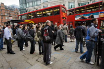 10-06-2009 - Bus queues at Liverpool Street as commuters struggle to get to work during the RMT tube strike. London. © Jess Hurd