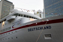 10-08-2012 - The Dream Ship, the German luxury MS Deutschland moored at Canary Wharf for the London 2012 Olympics. Tower Hamlets, East London. © Jess Hurd