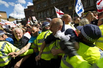 07-09-2013 - Protest confronts the English Defence League as they rally at Aldgate. East London. © Jess Hurd