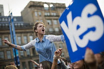 19-09-2014 - Yes Campaign as No Campaign, far right nationalists, taunt Yes Campaign in George Square the day after polling day in the Scottish Independence Referendum. Glasgow, Scotland. © Jess Hurd