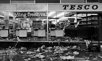 06-07-1981 - Looted Tesco supermarket, Toxteth riots, Liverpool © John Sturrock