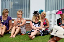 29-07-2010 - Ladies Day. Goodwood racecourse. © Justin Tallis