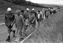 24-06-1979 - Corby steelworkers walking to London, campaign to save the steelworks from closure 1979 © NLA