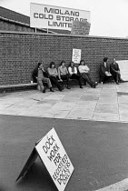 20-07-1972 - Docks strike 1972. Dockers picketing the Midland Cold Store, in Stratford, East London, claiming that the workers there should be registered dockers. Five dockers, the Pentonville 5, were arrested the... © Peter Arkell