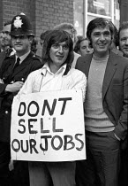 27-07-1972 - Docks strike 1972. Lobby of the Docks Delegates meeting at Transport House to demand a national dock strike and a rejection of the Jack Jones-Lord Aldington comrpomise. The meeting was held the day af... © Peter Arkell