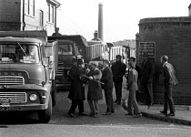 21-10-1970 - Council workers strike 1970. Chelsea and Kensington dustmen, trying to stop strikebreakers lorries from entering and leaving the Lots Road disposal centre, are stopped by police from speaking to the d... © Peter Arkell