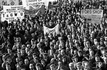 08-12-1970 - National protest against the Industrial Relations Act called by the TUC to oppose the anti-union laws proposed by the Heath Government. London. © Peter Arkell