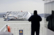 07-01-2015 - The Hoegh Osaka car carrier aground on Bramble Bank between Southampton and the Isle of Wight after it sailed from the Hampshire port with its cargo of 1,400 cars © Paul Box